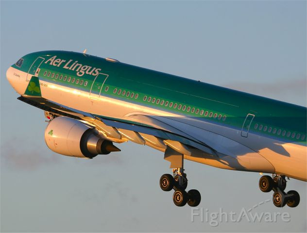 Airbus A330-200 (EI-DUO) - Departing Dublin for Chicago
