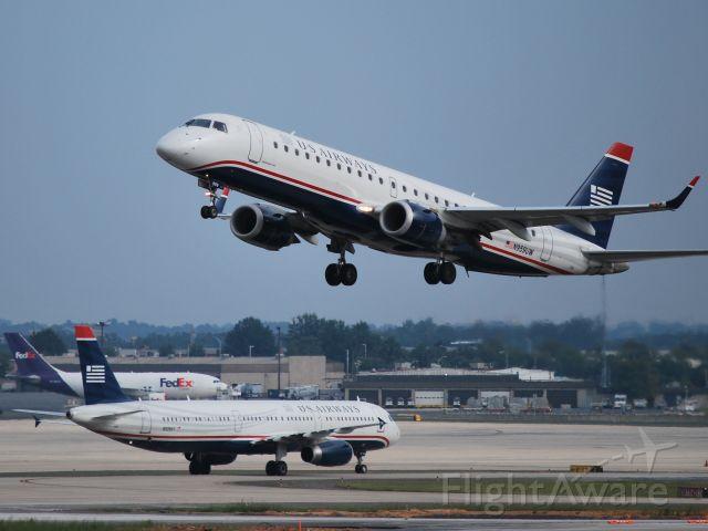 Embraer ERJ-190 (N959UW) - Departing runway 36C - 9/19/09