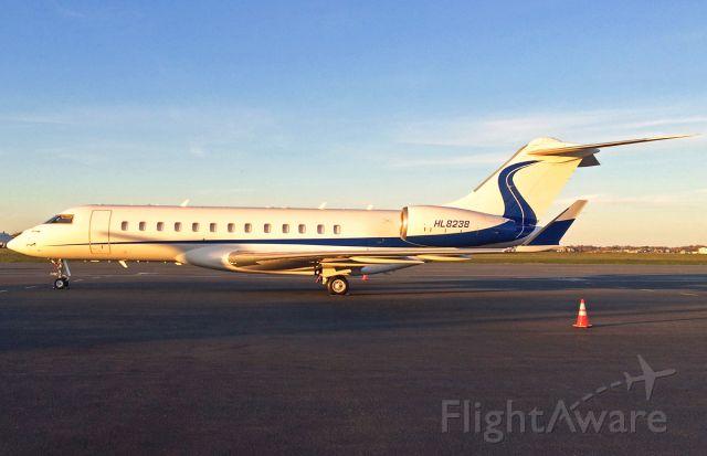Bombardier Global Express (HL8238) - Golden Hour capture of this rare South Korean Global Express @ KBOS Logan
