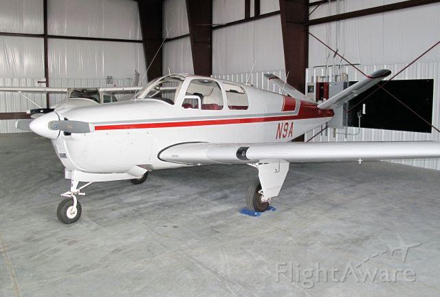Beechcraft 35 Bonanza (N9A) - Timeless.