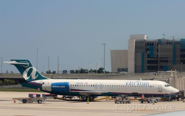 Boeing 717-200 (N945AT) - AIR TRAN