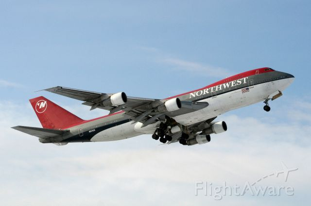 Boeing 747-200 (N623US) - NW flt 9804 departing Rwy 32 for HNL, operating military charter from KWI via AMS 01Mar09