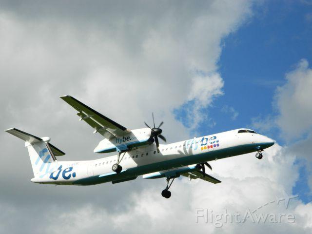 de Havilland Dash 8-400 (G-FLBC)