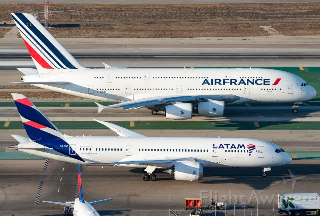 Airbus A380-800 (F-HPJB)