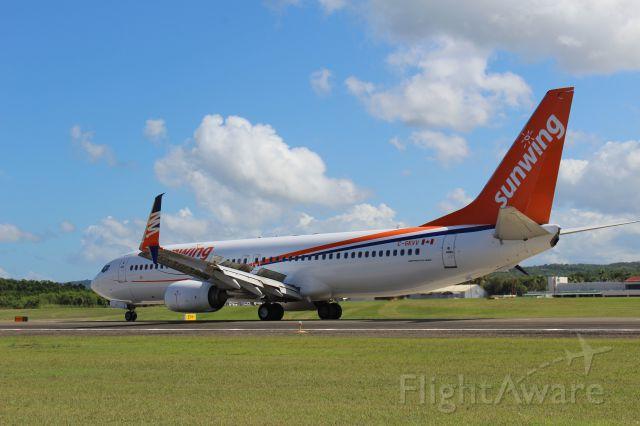 Boeing 737-800 (C-GKVV)