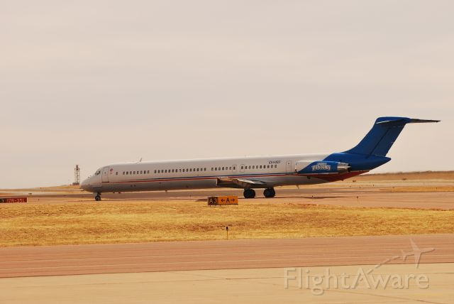 McDonnell Douglas MD-80 (N880DP) - Fuel stop on way from detroit to LA