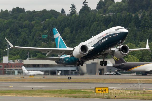 Boeing 737 MAX 7 (N7201S) - The first 737-7 MAX departing out on a test flight. Full Quality photo --> a rel=nofollow href=http://www.airliners.net/photo/Boeing/Boeing-737-7-MAX/5072995?qsp=eJwljMEKwjAQRP9lzrkEqUJu%2BgN68AeWZKmBmiybFSyl/94Yb8Obmbch1mL8tecqjIDGpPEFByGld0PY%2BuBTTFeEyU8OynOuBcFfvEOrarfeIJHxNUYW44Q/v2ti/VXc4vDN3d8/wvoYGadz5yk3WWg42Cgv2PcDVvkwVQ%3D%3Dhttp://www.airliners.net/photo/Boeing/Boeing-737-7-MAX/5072995?qsp=eJwljMEKwjAQRP9lzrkEqUJu%2BgN68AeWZKmBmiybFSyl/94Yb8Obmbch1mL8tecqjIDGpPEFByGld0PY%2BuBTTFeEyU8OynOuBcFfvEOrarfeIJHxNUYW44Q/v2ti/VXc4vDN3d8/wvoYGadz5yk3WWg42Cgv2PcDVvkwVQ%3D%3D/a