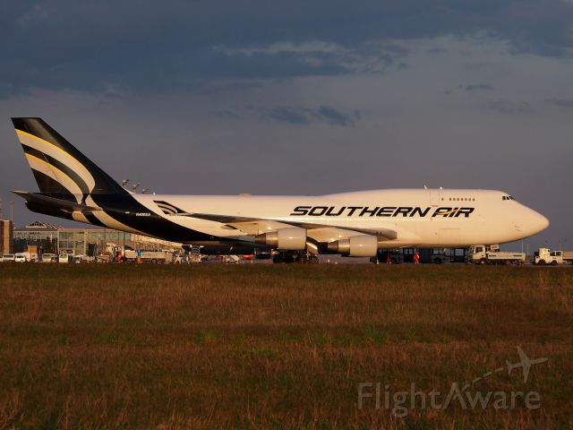 Boeing 747-400 (N400SA) - Southern Air from Dover for a short stop in LEJ/EDDP