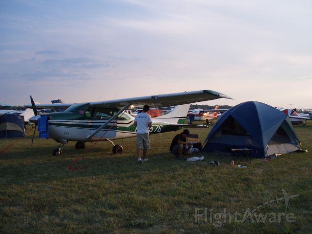 Cessna Skylane (N42576)