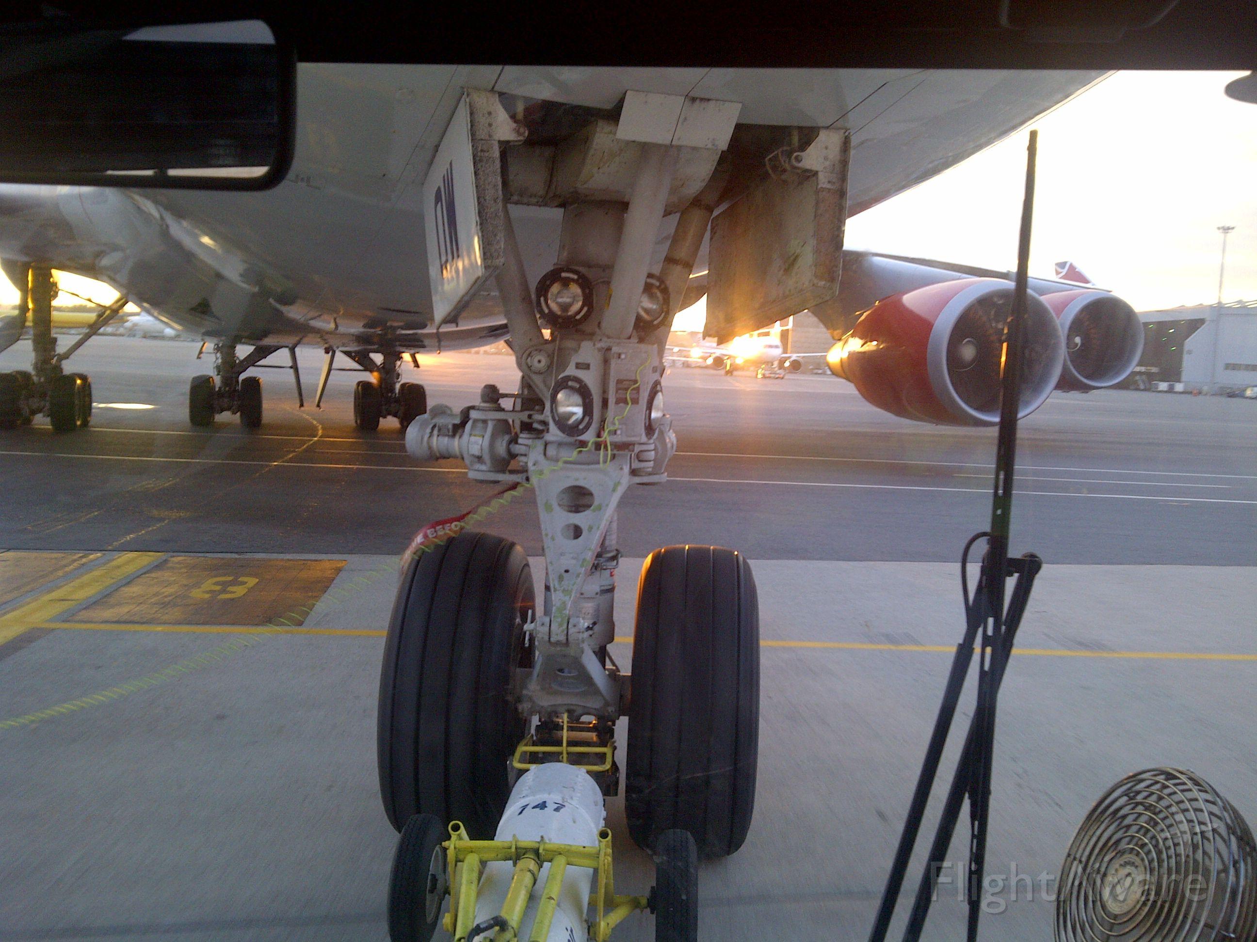 Boeing 747-400 (G-VWOW) - Pushback!