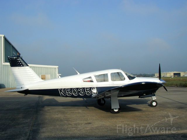 Piper Cherokee Arrow (N5035S) - Fresh out of the paint shop!