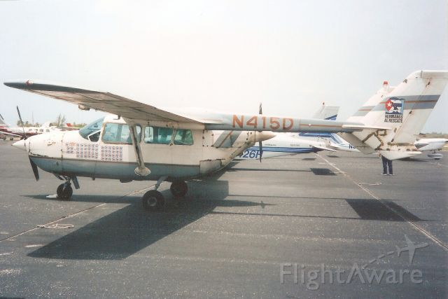 Cessna Super Skymaster (N415D) - Seen here in Jul-94.br /br /Exported to Portugal 17-Jan-08.