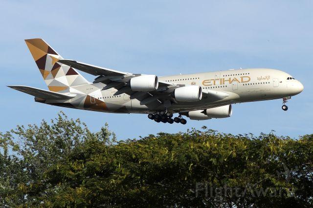 Airbus A380-800 (A6-APB) - 'Etihad 101 Super' arriving from Abu Dhabi International Airport in the United Arab Emirates