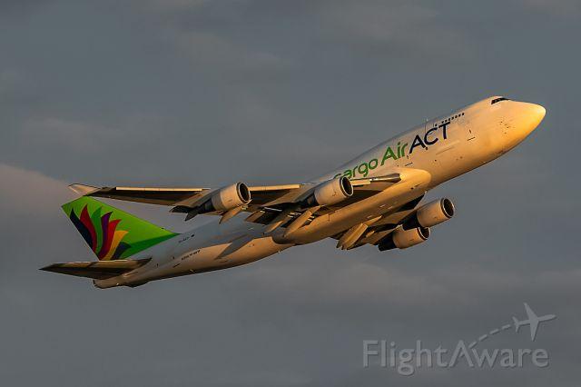 Boeing 747-400 (TC-ACF)
