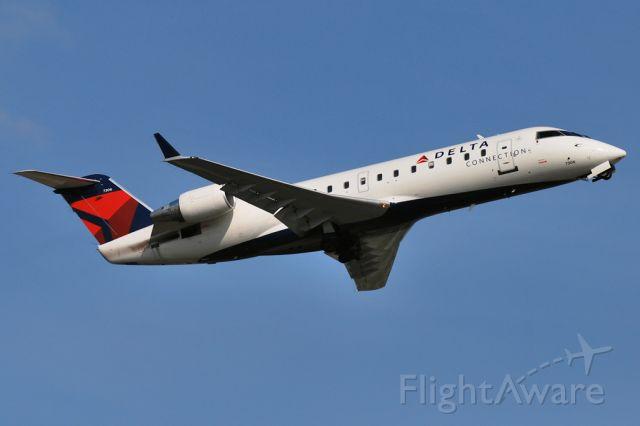 Canadair Regional Jet CRJ-100 (N779CA)