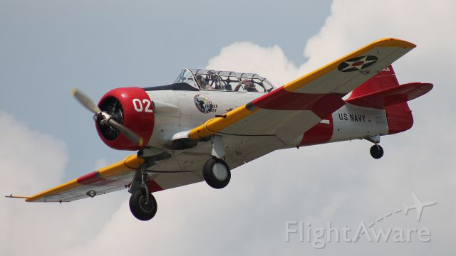 North American T-6 Texan (N26862) - Landing runway 19 during the Legends of Airpower Weekend, 26 May 2018.