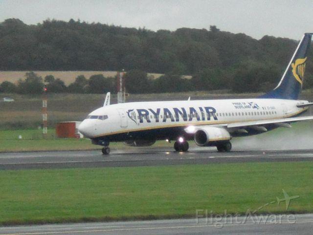 Boeing 737-800 (EI-DAO) - Taking off 31