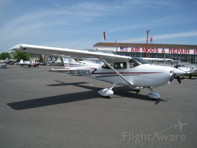 Cessna Skylane (N699CB) - 99ers Poker Run 2010
