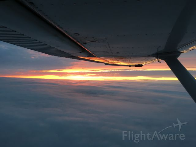 Cessna Skylane (N657CP) - Michigan sunset at 6000 feet