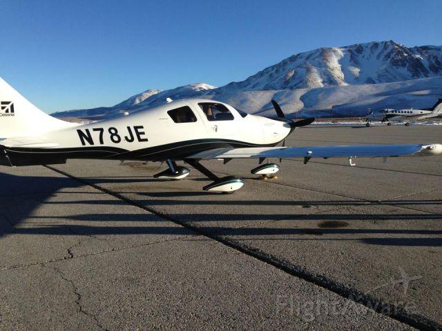 Cessna 400 (N78JE)