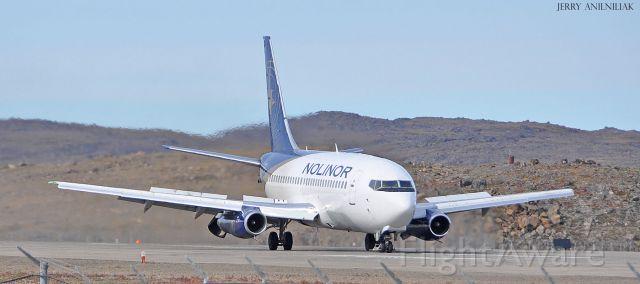 Boeing 737-200 (C-GNLN) - NOLINOR LANDING