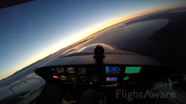 Diamond Star (N243DS) - Circling over Whidbey Island, Washington looking towards Port Townsend
