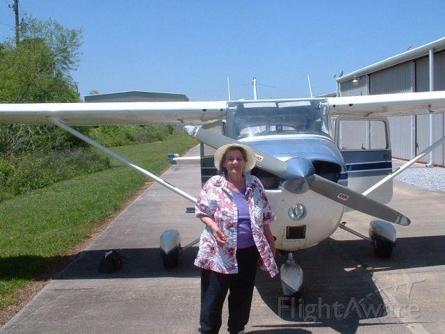 Cessna Skyhawk (N20032) - Mom Noone, age 82