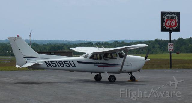 Cessna Skyhawk (N5185U) - Shown here is this 2002 Cessna Skyhawk 172S in the Summer of 2021.