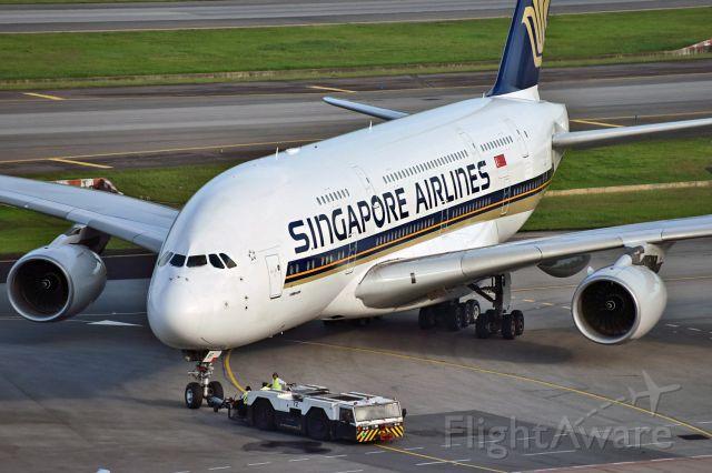 Airbus A380-800 (9V-SKF)
