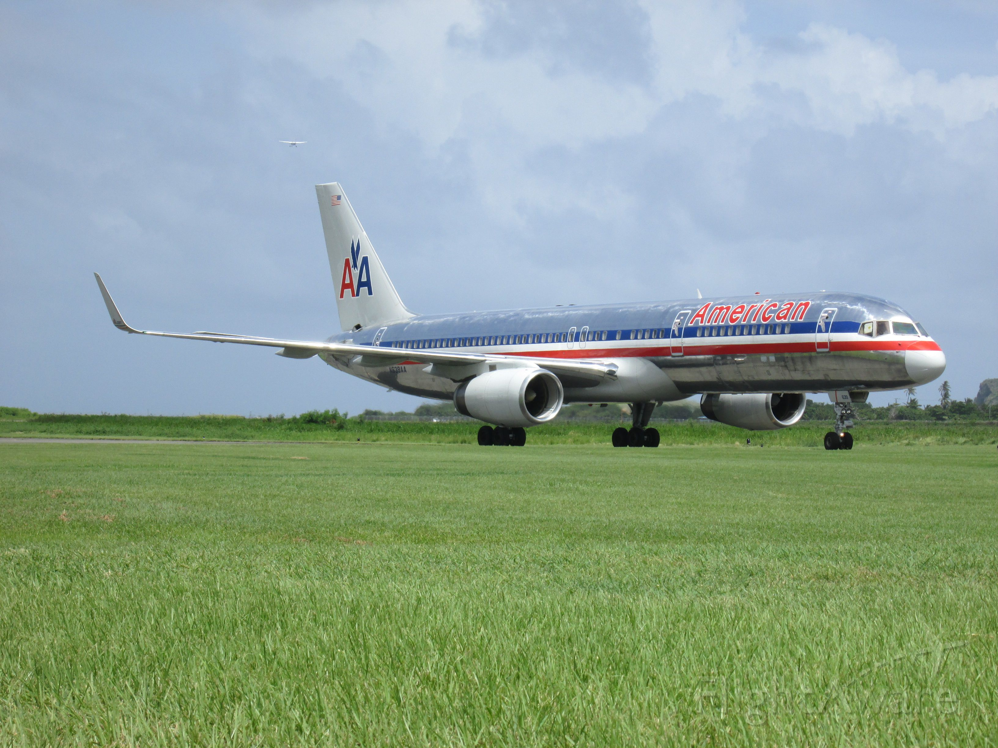 Boeing 757-200 (N639AA)