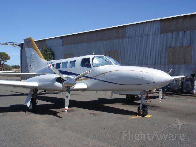 Cessna 402 (VH-LNX)