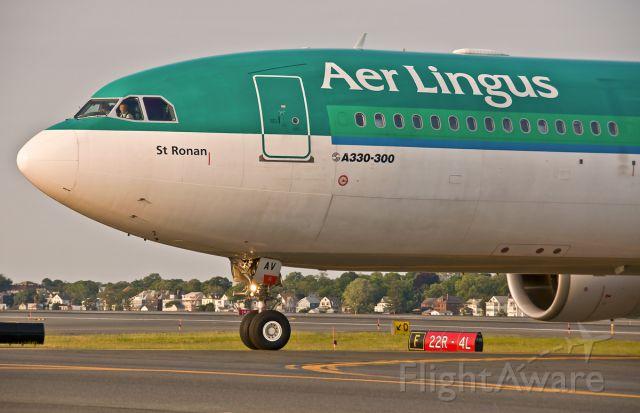 Airbus A330-300 (EI-EAV) - St. Ronan