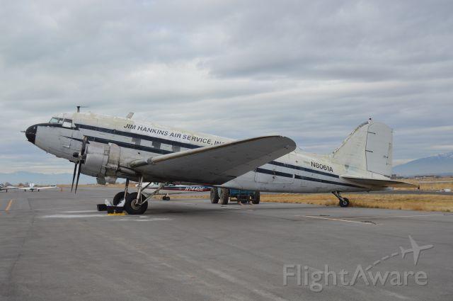 Douglas DC-3 (N8061A) - Made it