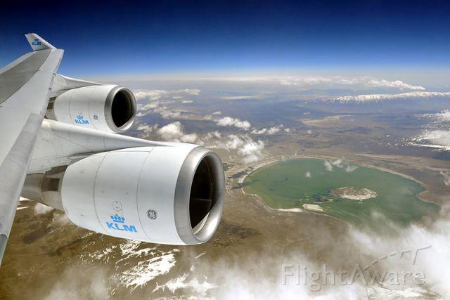Boeing 747-400 (PH-BFT) - Mono Lake, CA (Boeing 747-406M, KLM, KL601 AMS-LAX)
