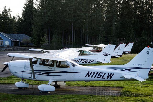 Cessna Skyhawk (N115LW) - S36