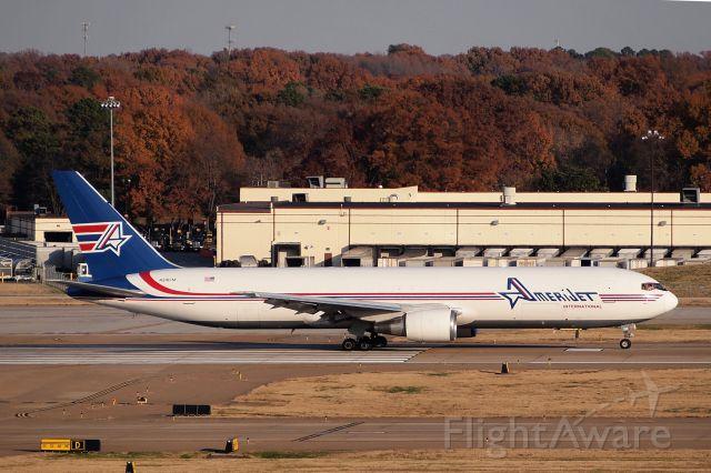 BOEING 767-300 (N316CM)