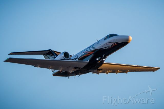 Cessna Citation CJ4 (C-FLBS) - My friend Scott piloting this beauty out of Calgary on a crisp morning! This one's for you bud, fly safe.