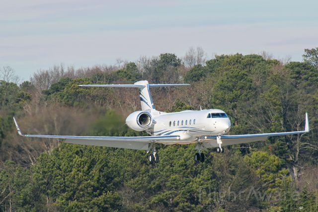 Gulfstream Aerospace Gulfstream V (N451GV) - Gulfstream G550 landing in Atlanta at PDK airport