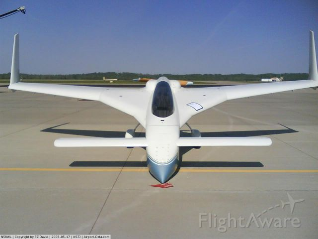 """Experimental 100kts-200kts (N58WL) - 1985 Long-EZ, 2 place composite Experimental aircraft, Lyc O-235-L2C engine, parked in """"self-chalking"""" position."""