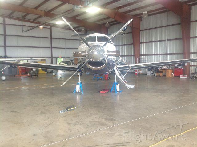 Pilatus PC-12 — - Swing the gear
