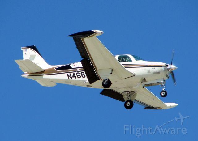 Beechcraft Bonanza (36) (N468SG) - Landing at Downtown Shreveport.