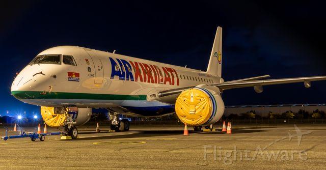 Embraer ERJ-190 (VH-IKJ)