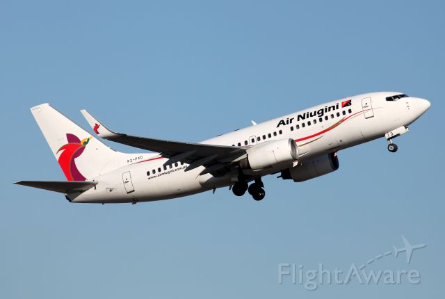 Boeing 737-700 (P2-PXD) - Climbing From Rwy 34L