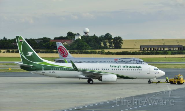 Boeing 737-800 (YI-ASH) - Iraqi Airways Boeing 737-81Z(WL) YI-ASH in Vienna