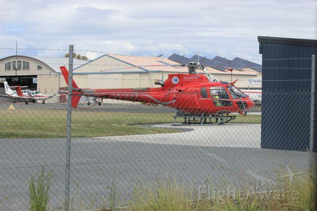 Eurocopter AS-350 AStar (VH-UUF) - Just landed at Cambridge Aerodrome