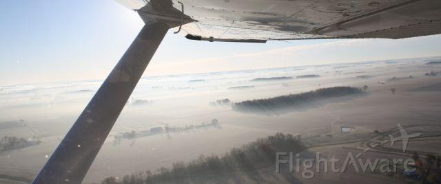 Cessna Skylane (N22NW) - One foggy morning