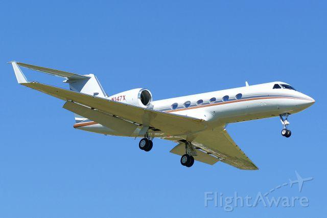 Gulfstream Aerospace Gulfstream IV (N147X) - 12R approach