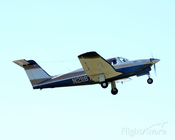 Piper Cherokee (N2118T) - Departing runway 25