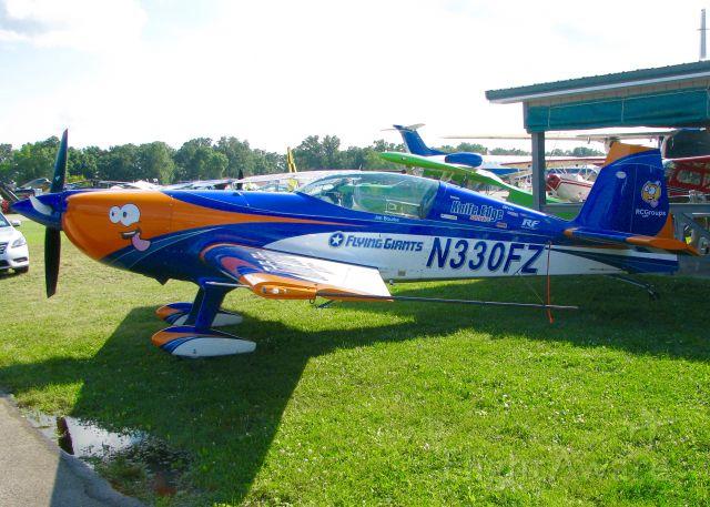 EXTRA EA-300 (N330FZ) - AirVenture 2016.