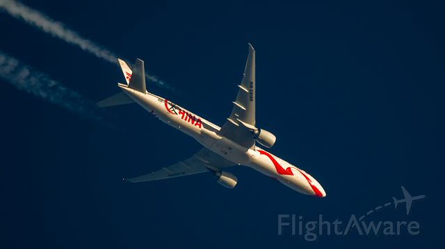 BOEING 777-300ER (B-2006) - Passing over CGN at FL320